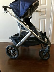 UPPAbaby VISTA stroller and bassinet in excellent condition