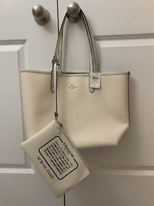 COACH REVERSIBLE TOTE BRAND NEW WITH TAG