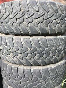 275/65R20 Toyo open country tires