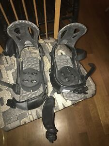 Men's Snow board bindings and boots size 28.5