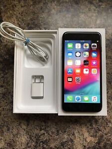 Unlocked iPhone 7 Plus 256GB with Box & Accessories 9.5/10