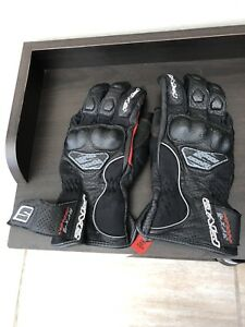 Five RXF4 Airflow Motorcycle Gloves