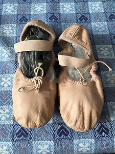 Ballet jiffies shoes flats - Bloch Size 12 North Sydney North Sydney Area Preview
