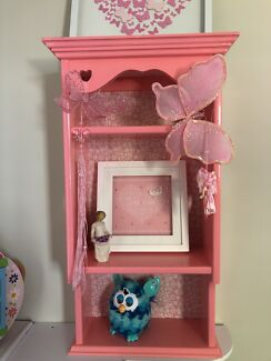 Cute pink wall shelf