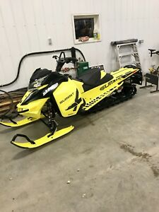 REDUCED! 2016 Ski-doo Summit X 154 T3 800 etec