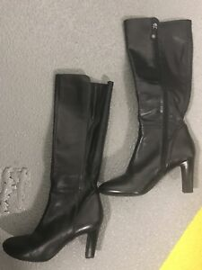 Ladies boots size 10 and size 9