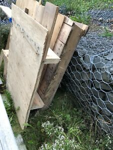 Free Lumber, wood and subfloor