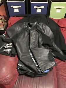 Mens(XL) Leather Black Icon Hypersport Stealth Motorcycle Jacket