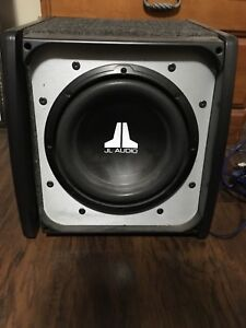 """10"""" JL sub with Clarion amp"""