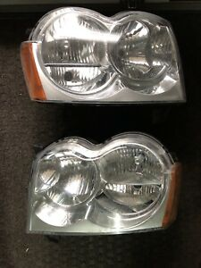 Jeep Grand Cherokee Original Headlight Assambly