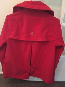 Lululemon Coco Softshell Lined Rain Coat!