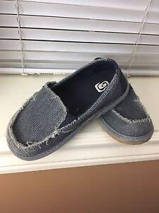 Boys deck shoes