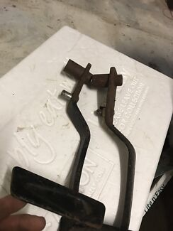 Ford xa xb Xc clutch pedal suit top loader single rail coupe