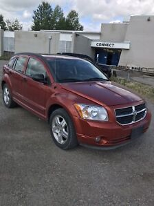 2007 Dodge Caliber in mint condition.