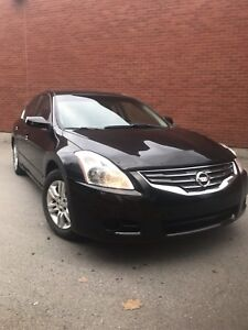Nissan Altima 2012 ***Garantie transferable jusqu'en NOV 2019***
