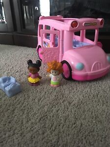 Little People fisher price bus