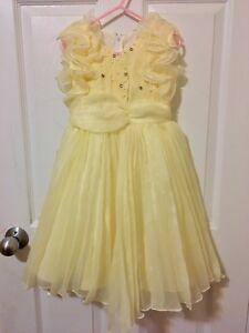 Girls Yellow Dress (Size 4/5)