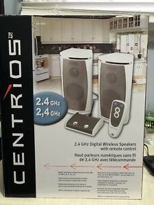 Digital Wireless Speakers with Remote!