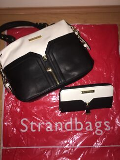 Kardashian Kollection Bag And Purse