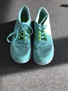souliers nike turquoise
