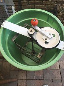 Honey spinner beekeeping Kippa-ring Redcliffe Area Preview