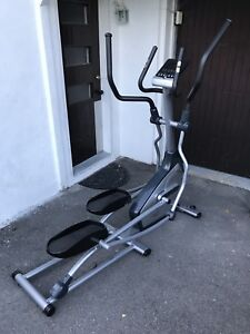Exerciseur elliptique / Elliptical trainer