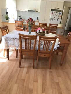Balmoral table & chairs
