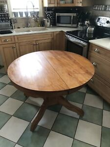 Lovely (round /long oval ) antique table -3 removable leaves !