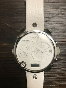 DIESEL WHITE WATCH FOR MEN