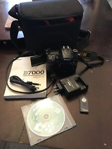 Nikon D7000 body and accessories