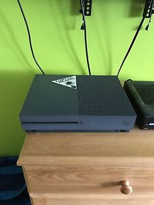 Xbox one s 500gb halo gears of war 4 edition