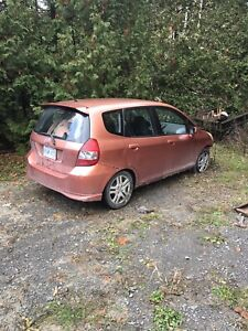 2007 Honda Fit, has been ditched, front end damage