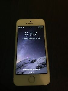 Iphone 5s 32GB (locked to virgin mobile)