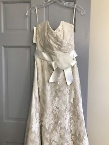 GORGEOUS Wedding Dress For Sale-Brand New With Tags