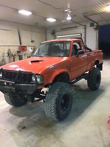 1982 Toyota SR5 pickup **READ ENTIRE AD**