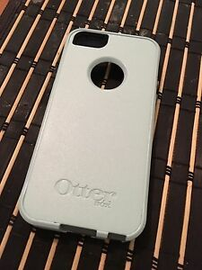 Iphone 5S/5SE Otter Box
