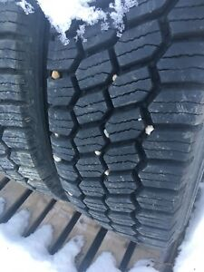Windpower 11R-24.5 winter drive tires