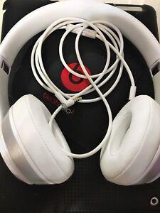 White Beats Solo2