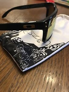 Oakley Holbrook sunglasses Shaun White Edition