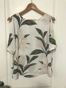 Dynamite, Floral Print Blouse, Cut-Out Sleeves