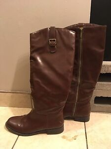 Beautiful tall brown boots