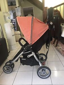 BABY PRAM (VALCO SNAP BABY/TRAVELING PRAM ) Liverpool Liverpool Area Preview