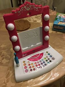 Barbie Digital Makeup thing (for IPad)