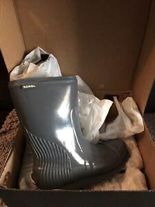 Sorel Rain Boots new 10