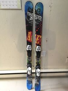 Ensemble de skis de «park» twin tip non négociable