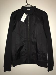 Calvin Klein Men's Light Jacket (Size Medium)