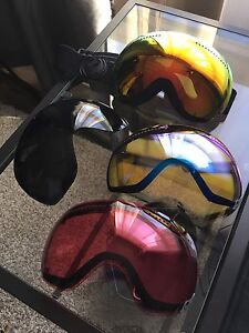Dragon APX snow goggles 3 extra lenses