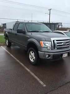 2011 Ford F-150 XLT Super Cab