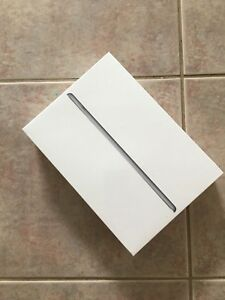 *** iPad 6th Generation - 32 GB *** SEALED BNIB