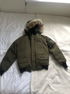 Canada goose Chilliwack Bomber used few times